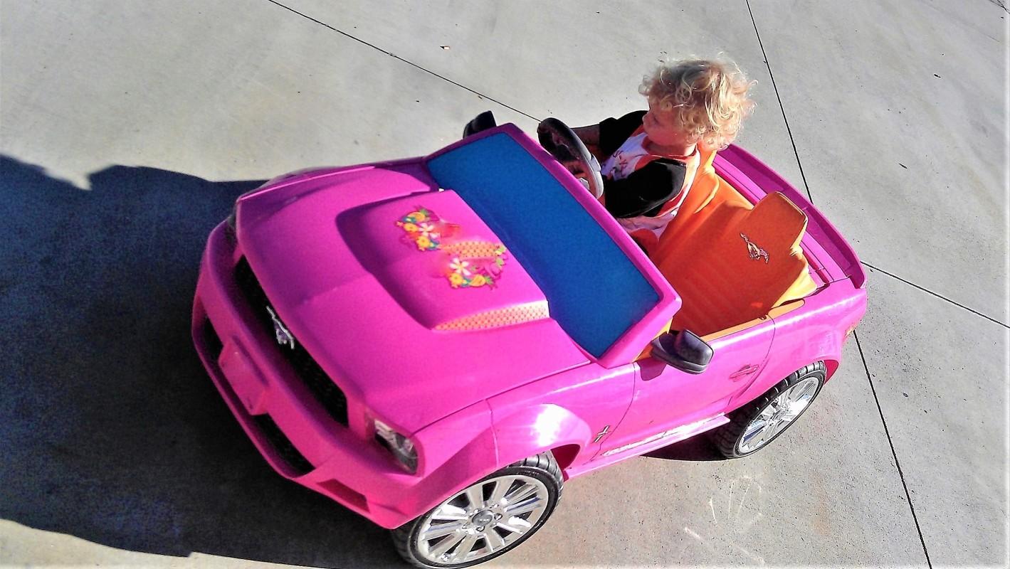 La petite voiture électrique : la bonne idée pour Noël