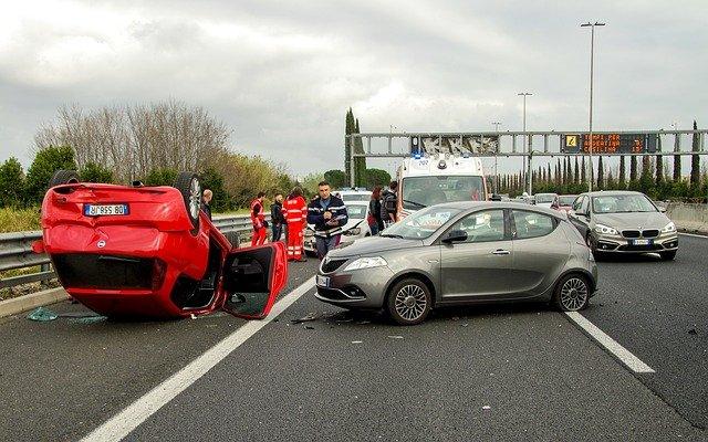 Conduire en toute sécurité : les bons réflexes à avoir en voiture